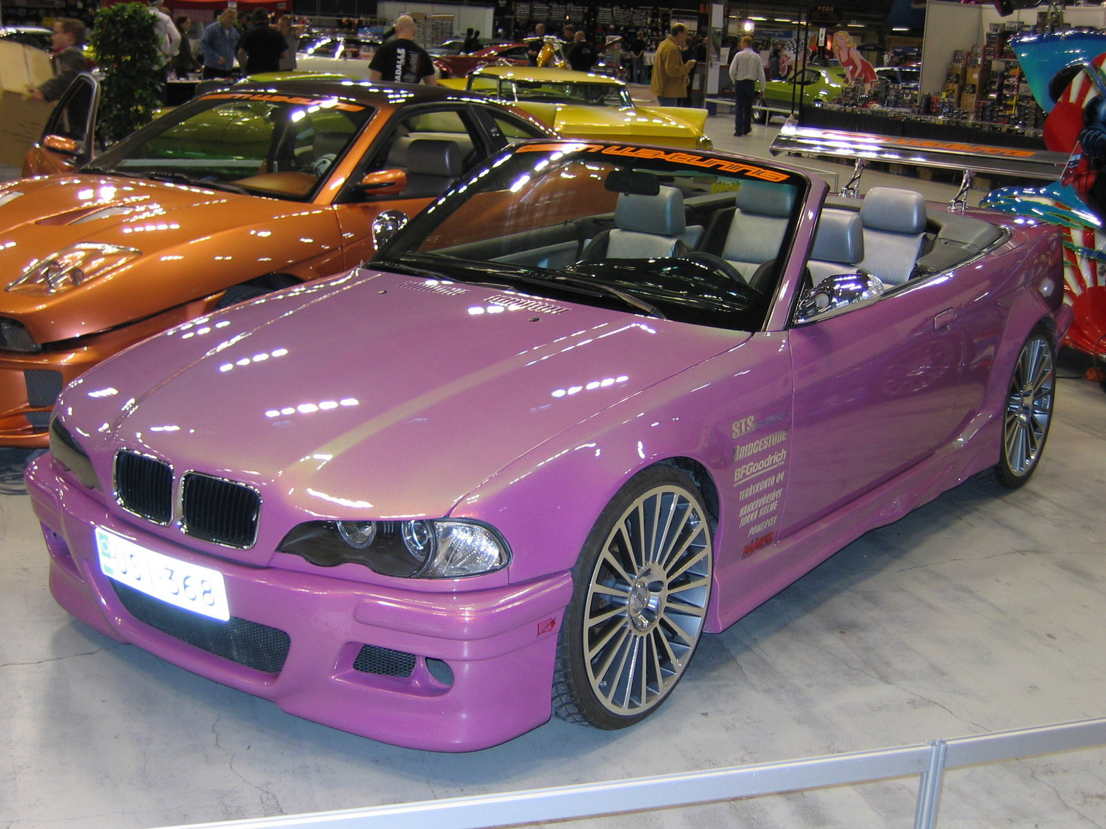 hot rod & rock show 2005, Pink BMW